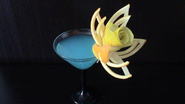 Fruta tallada para eventos y catering mesas de postres bodas for Adornos para cocteles