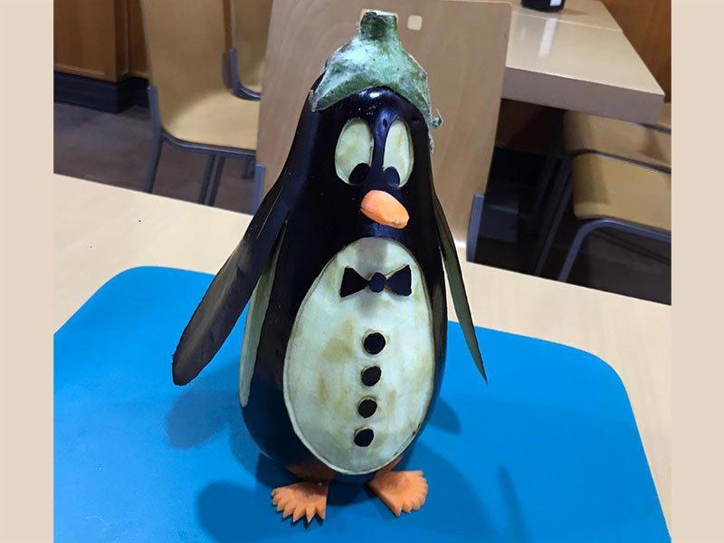 berenjena tallada - Pingüino